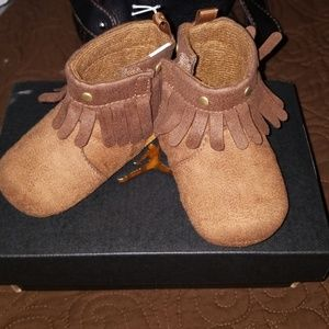 Other - BABY SHOES....